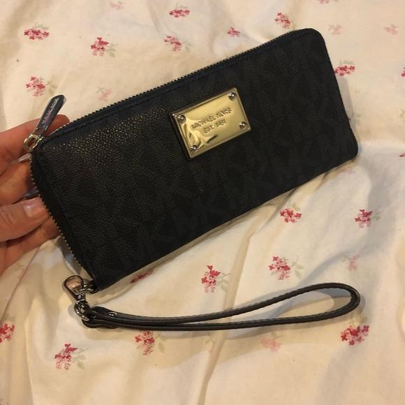 0e96d02188ff9a Michael Kors Bags   Authentic Travel Wallet   Poshmark